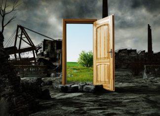 porta-aperta-dopo-catastrofe-ambientale