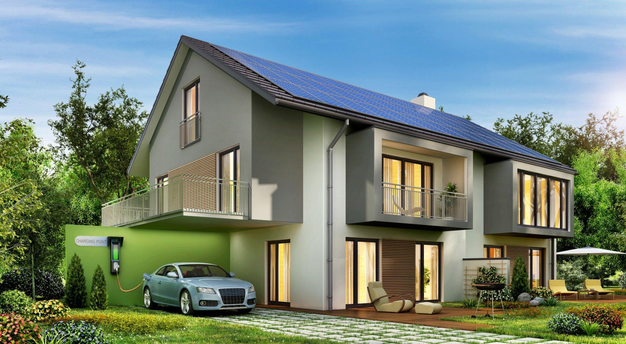 casa con impianto fotovoltaico e auto elettrica